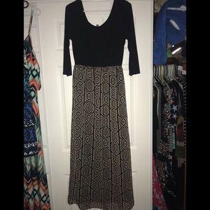 Women's beautiful maxi dress size small/medium